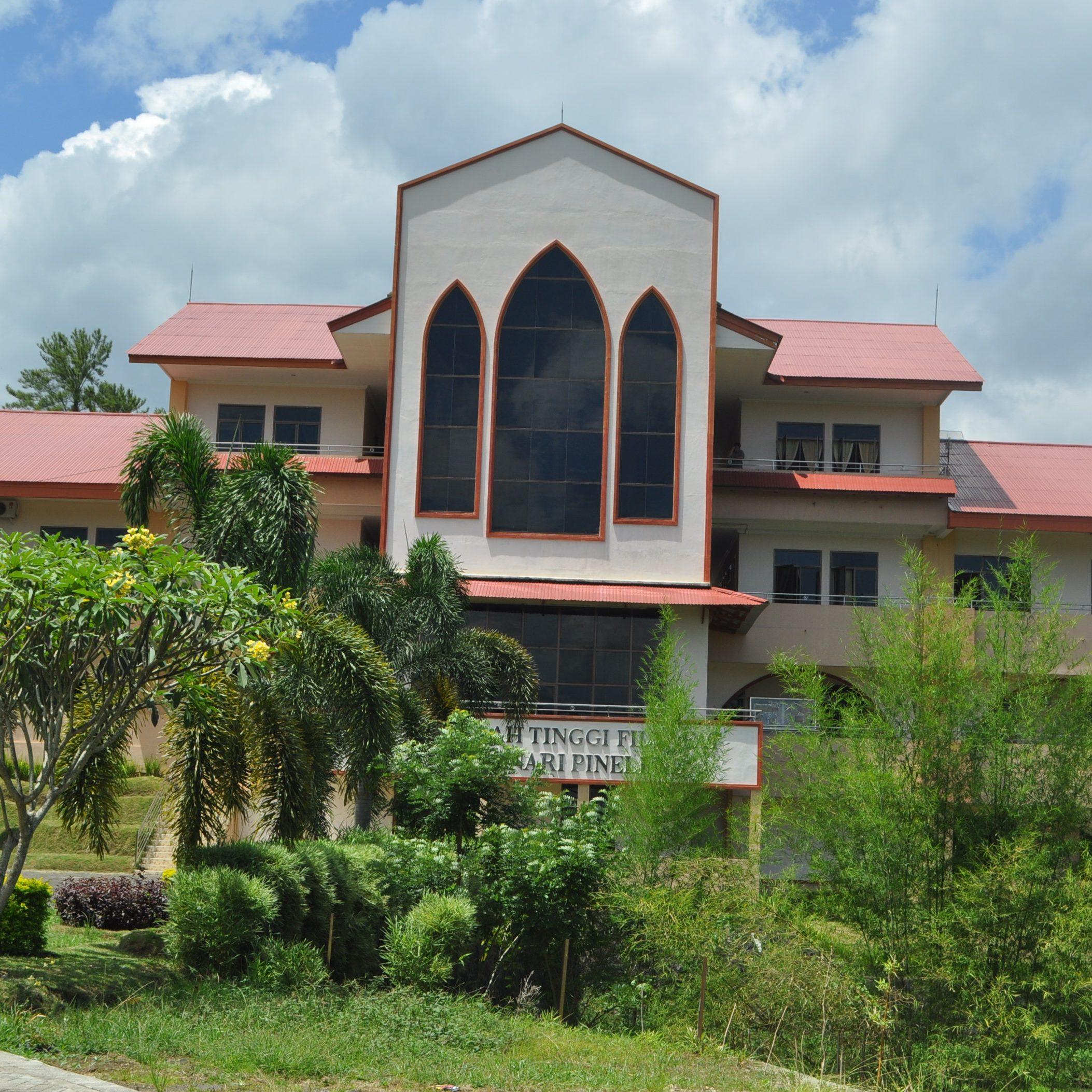STF Seminari Pineleng