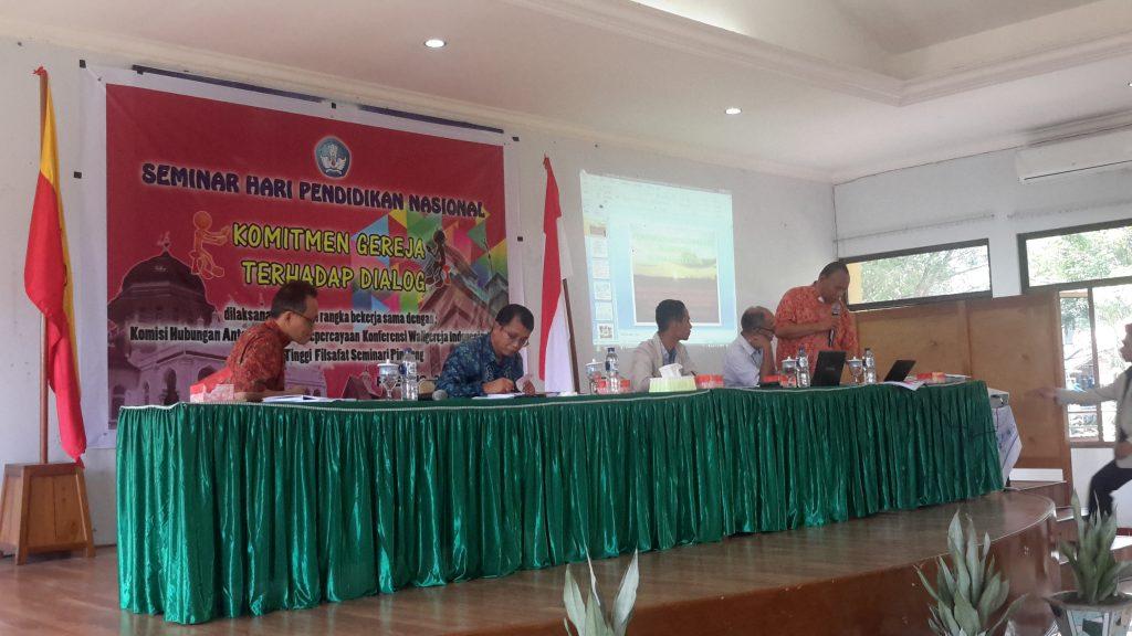 Seminar Hardiknas