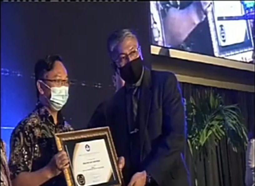 LLDIKTI9 AWARDS: Pineleng Juara II Kinerja Terbaik Sulut